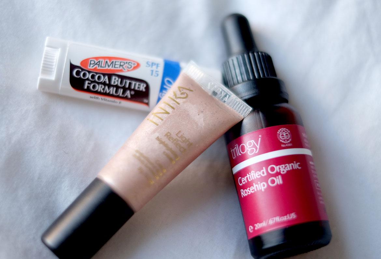 lip-balm-rosehip-highlighter