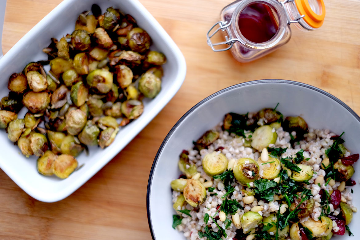 Roasted sprouts with salad