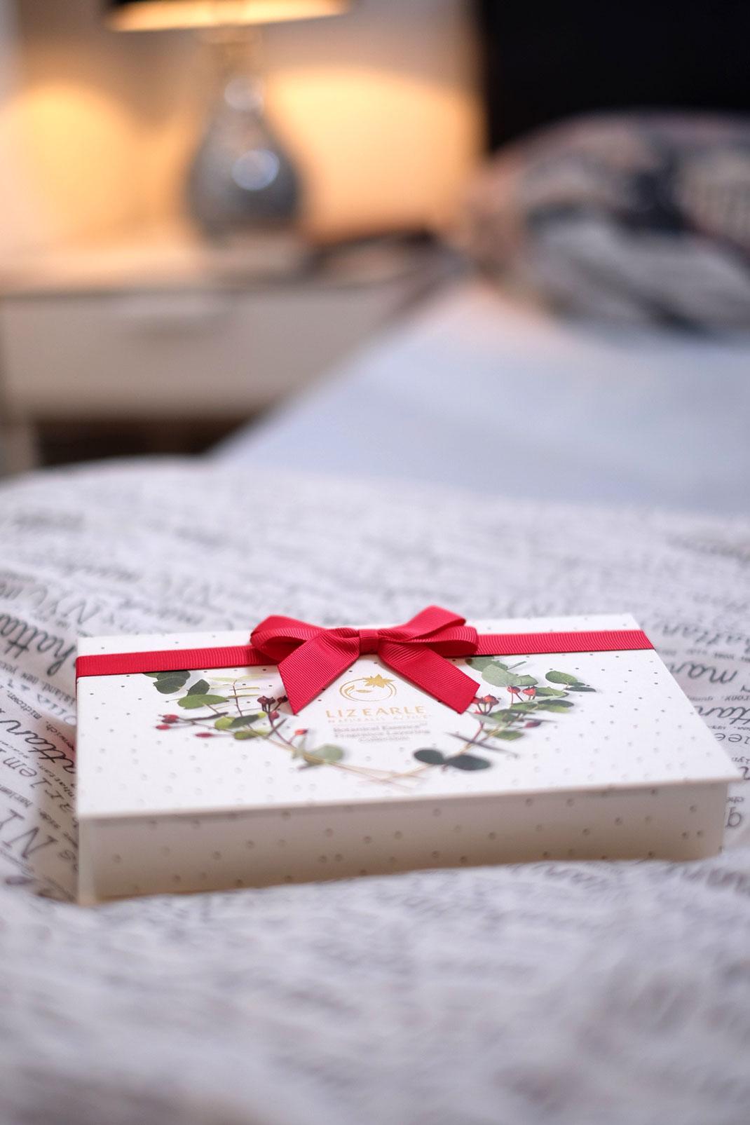 Liz Earle perfume gift set