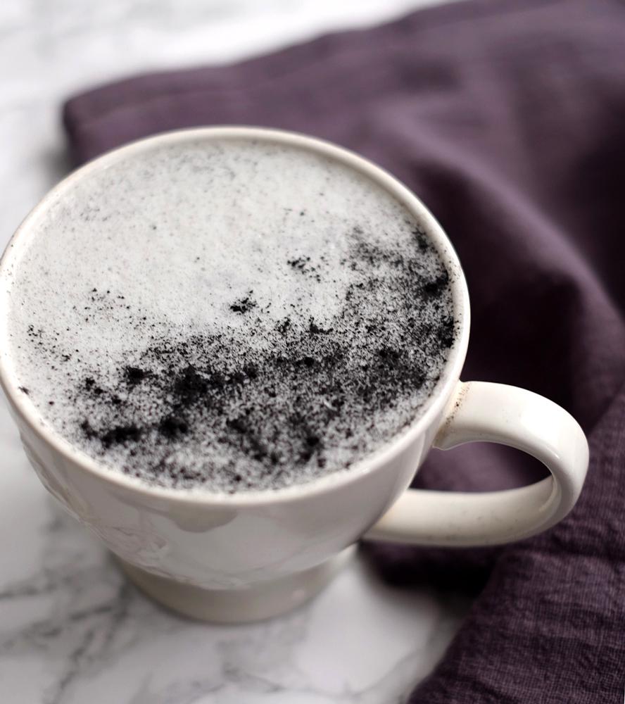 Charcoal latte