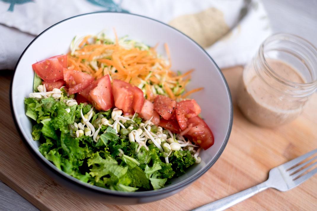 Kale & almond salad