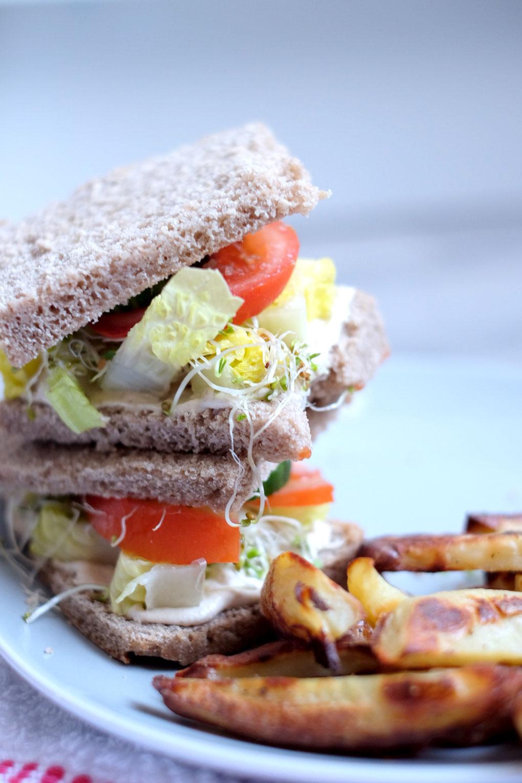 Vegan sandwich filling