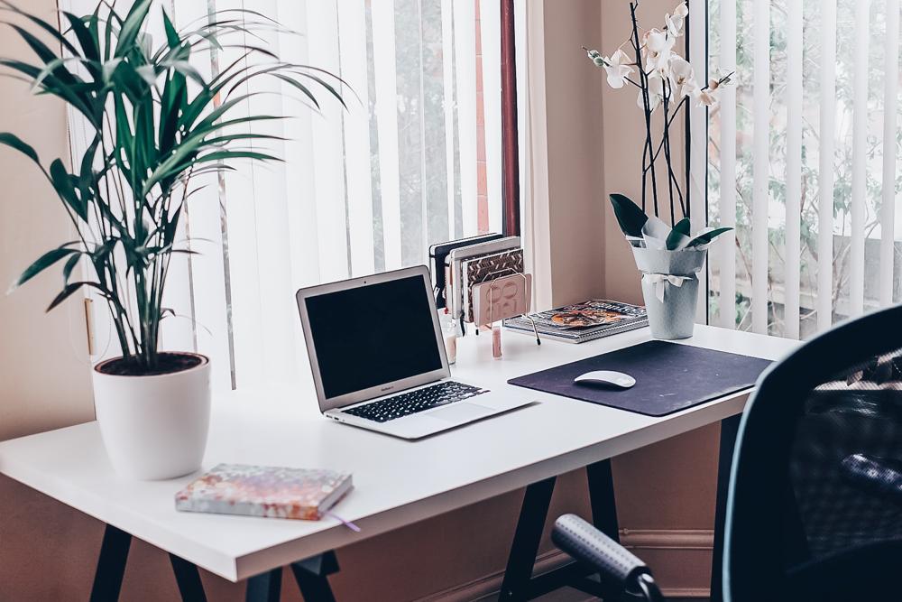 Home desk style